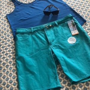 Riders by Lee Teal Shorts Size 18
